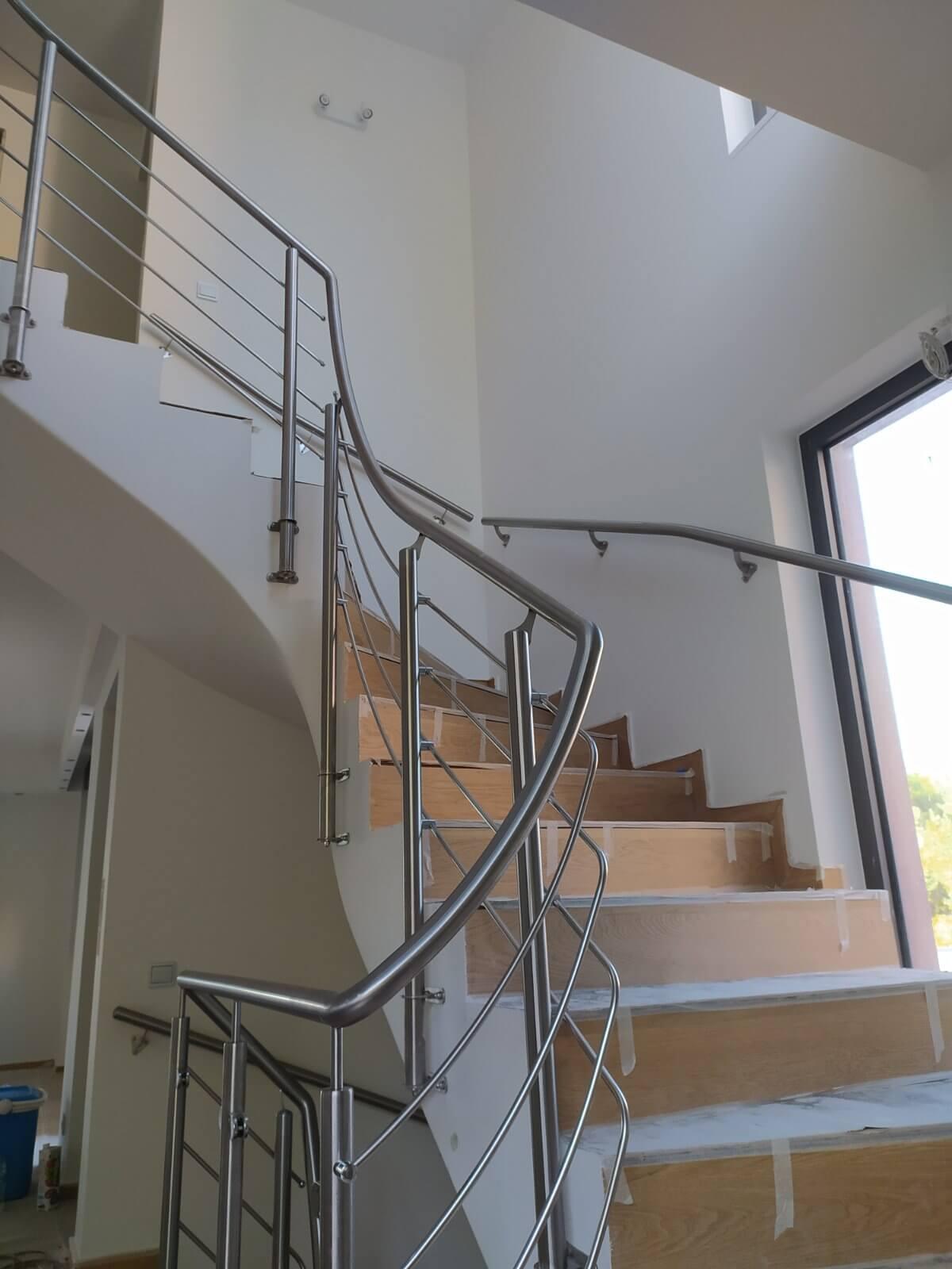 Εσωτερικά κάγκελα σκάλας